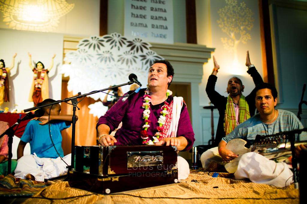 Sadhu sanga retreat