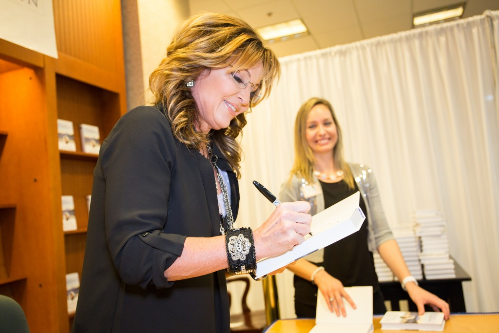 Sarah Palin Book Signing Photography at Barnes and Nobles
