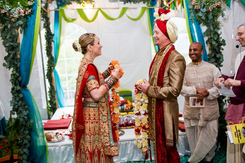 hare krishna wedding photographers