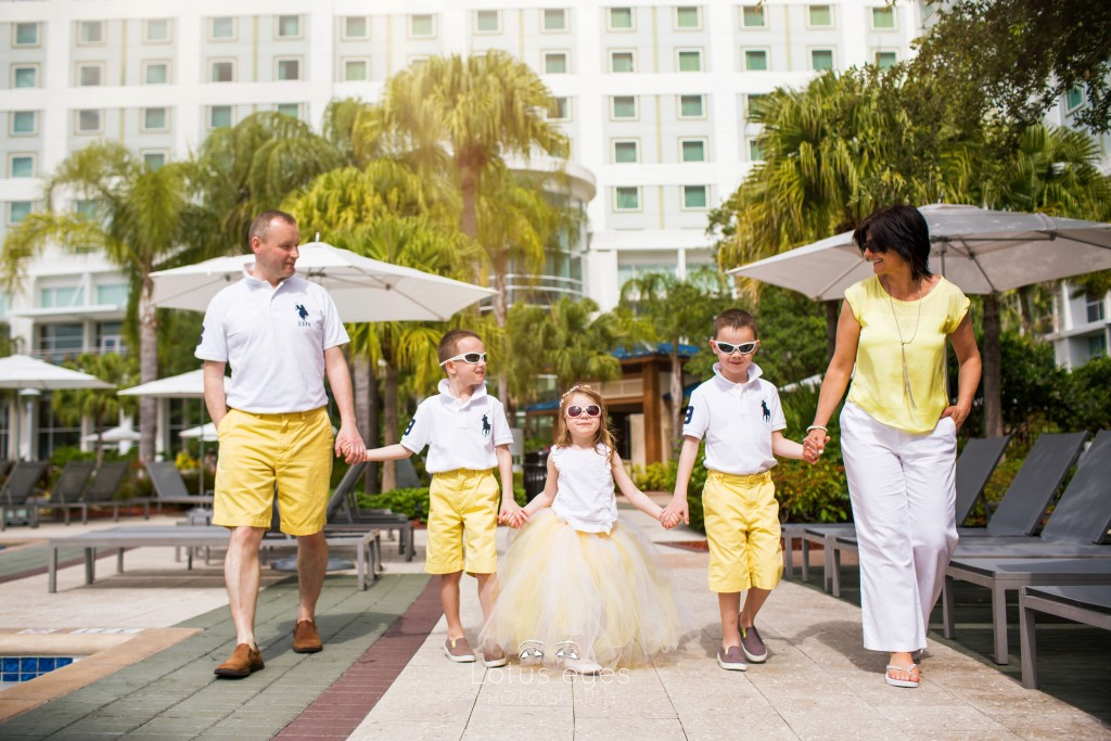 Family session at Hilton Orlando