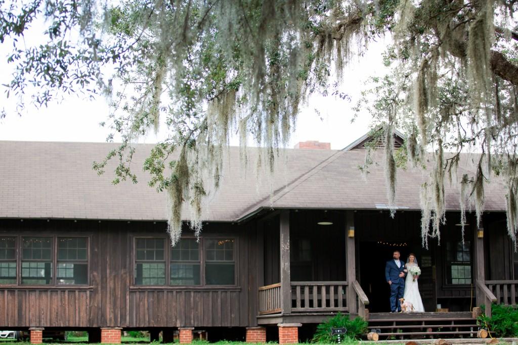 Outdoor rustic orlando wedding