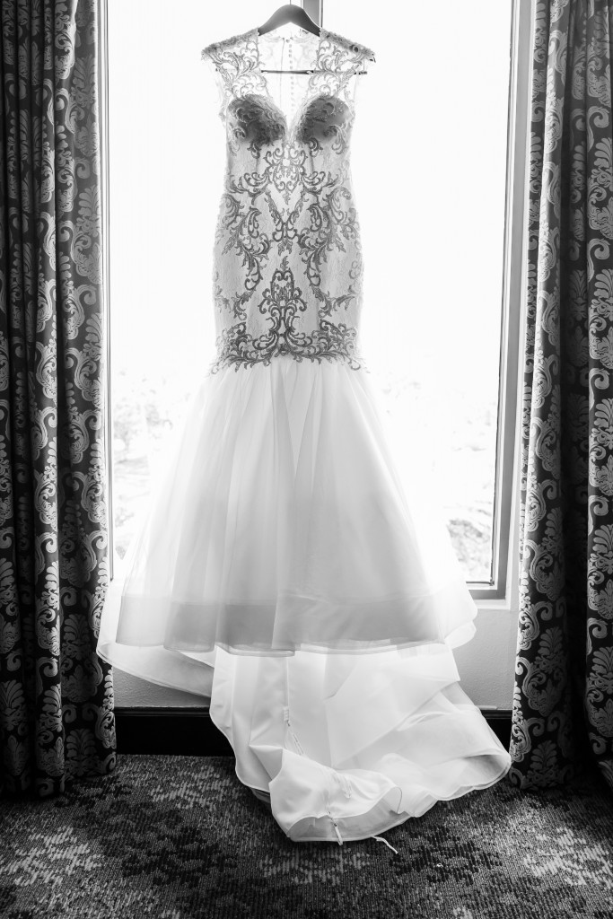 creative wedding dress pictures