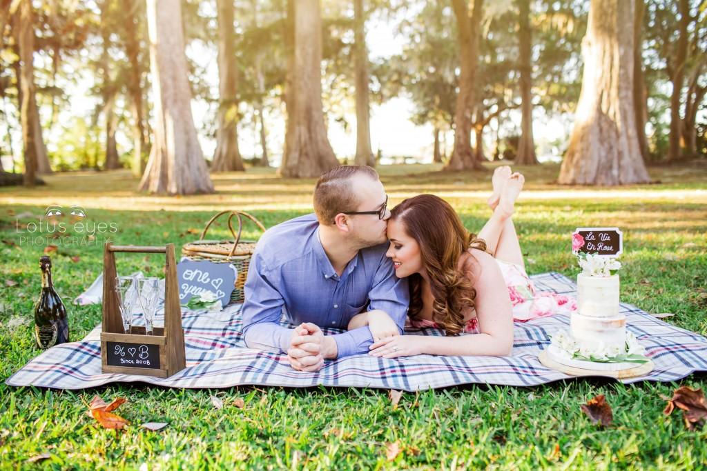 Wedding Anniversary session at Kraft Azalea Gardens